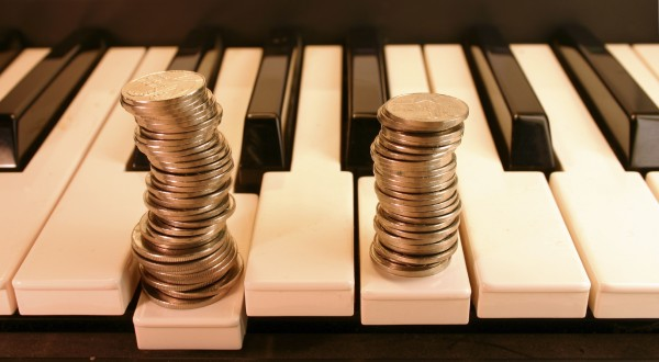 Piano-Money-